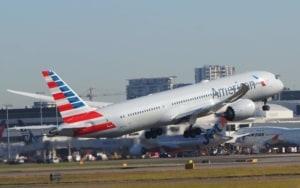 अमेरिकन एयरलाइंस American Airlines