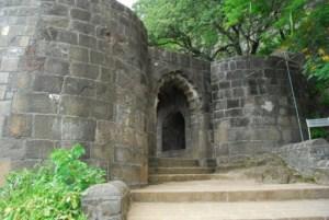शिवनेरी किला Shivneri Fort