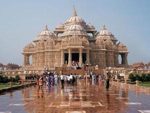 बीएपीएस श्री स्वामीनारायण मंदिर BAPS Shri Swaminarayan Mandir
