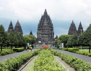 प्रम्बनन Prambanan, Trimurti temple compound